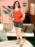 Preview Image #01 featuring Jolie Rain in Set #0026 from BigTitHooker.com
