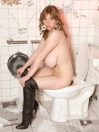 Preview Image #12 featuring Christy Marks in Set #0049 from ChristyMarks.com