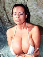 Preview Image #03 featuring Linsey Dawn McKenzie in Set #0002 from LinseysWorld.com