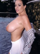 Preview Image #14 featuring Linsey Dawn McKenzie in Set #0020 from LinseysWorld.com
