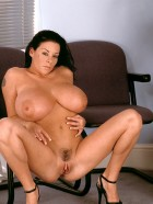 Preview Image #18 featuring Linsey Dawn McKenzie in Set #0021 from LinseysWorld.com