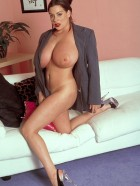 Preview Image #18 featuring Linsey Dawn McKenzie in Set #0030 from LinseysWorld.com