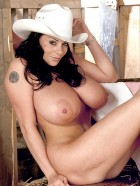 Preview Image #14 featuring Linsey Dawn McKenzie in Set #0035 from LinseysWorld.com