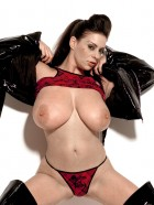 Preview Image #11 featuring Linsey Dawn McKenzie in Set #0044 from LinseysWorld.com