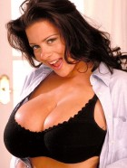 Preview Image #05 featuring Linsey Dawn McKenzie in Set #0045 from LinseysWorld.com