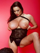 Preview Image #07 featuring Linsey Dawn McKenzie in Set #0049 from LinseysWorld.com