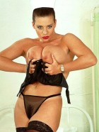 Preview Image #05 featuring Linsey Dawn McKenzie in Set #0106 from Scoreland.com