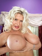Preview Image #04 featuring Samantha Sanders in Set #0363 from Scoreland.com