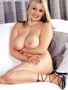 Preview Image #01 featuring Princess in Set #0018 from Voluptuous.com
