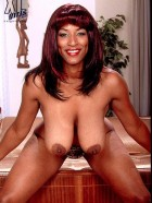 Preview Image #10 featuring Africa Sexxx in Set #0010 from XLGirls.com